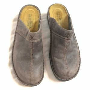 Naot leather clogs mules Sz 40